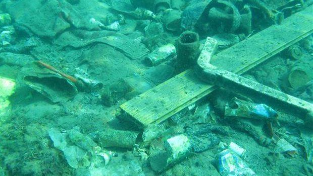Kaleiçi Yat Limanı'nda Deniz Dibi Temizliği